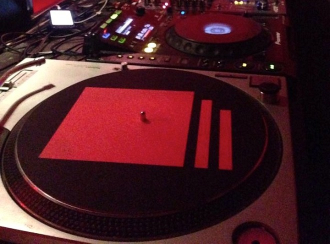 Final Chapter slipmats Red i Black In Action